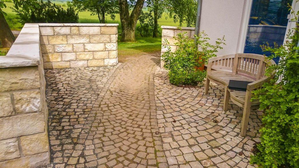 Döring-Gartengestaltung Natursteinarbeiten